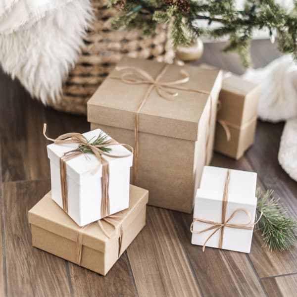 The greatest gift you can give a person is the gift of encouragement. Here are a few ways you can give this best gift this Christmas. #gifts #encouragement #giftofencouragement #christmasgifts
